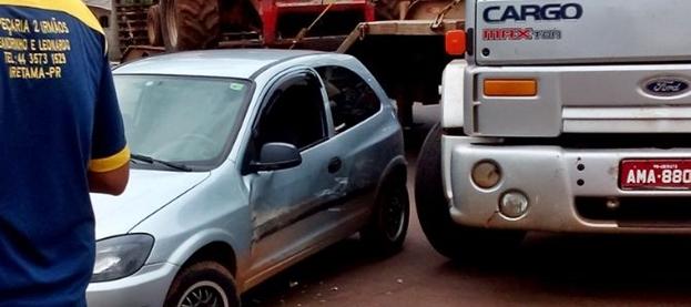 Iretama: Colisão entre carro e caminhão resulta em danos materiais