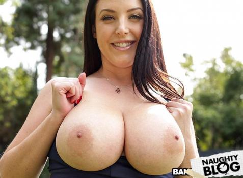 [18+] Big Tits Round Asses – Angela White Gets Her Asshole Stretched (2020) FULLHD 655MB