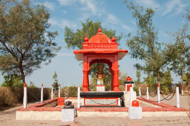 Samadhi of Tanhaji Malusare
