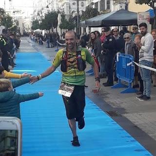 Tal día como hoy, de 2019, corrí una La Ultramaratón de la Vida, con mis Sandalias Tribu Cross. Fue una experiencia única por todo lo que rodea a la carrera