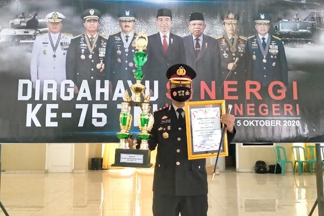 Kapolres Lombok Timur kembali dianugerahi penghargaan dari jajaran TNI