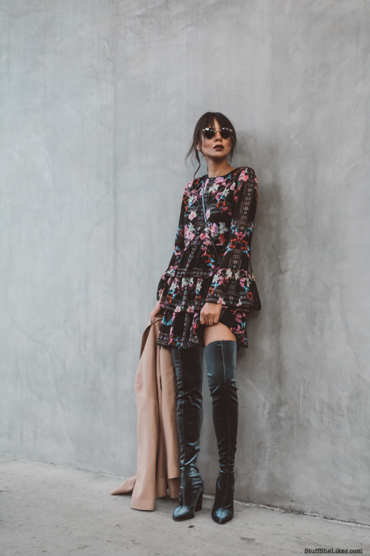 Holiday dresses, How to dress for the holiday season, velevt over the knee boots, fashion blogger, fashion blog, Taye Hansberry, top fashion bloggers, top ten fashion bloggers, bold lips,