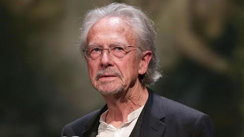 Nobel-díj - A koszovóiak nem örülnek Peter Handke elismerésének