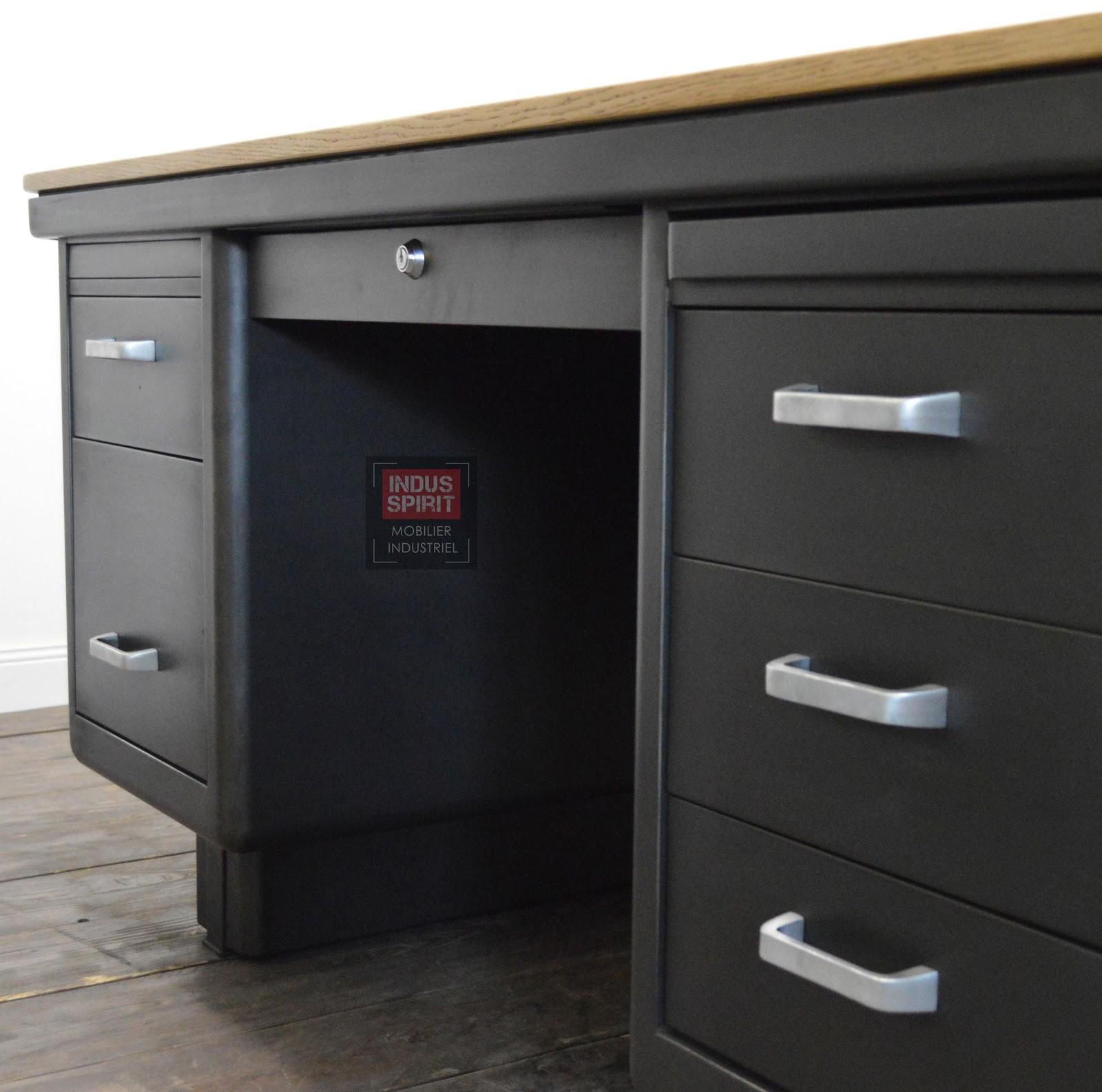 bureau vintage. Black Bedroom Furniture Sets. Home Design Ideas