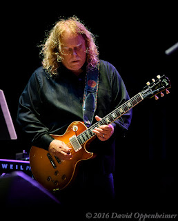 Warren Haynes Performing with Gov't Mule at Lock'n 2015