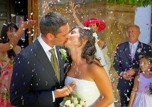Ακόμα να συνέλθουν! Το προσκλητήριο που πήραν οι γονείς της νύφης δεν έγραφε αυτό που περίμεναν...