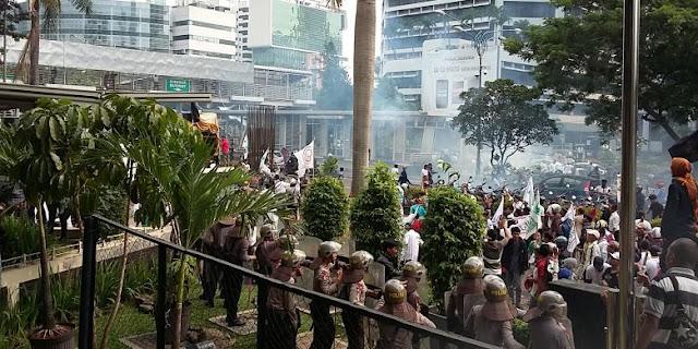 Polisi Incar Provokator Demo Anti-Ahok yang Rusuh di KPK
