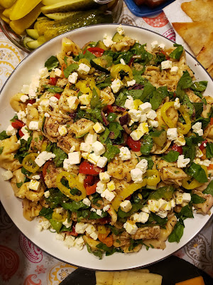 greek pasta salad, tortellini salad, greek food, feta cheese, yellow banana pepper rings, party food, potluck, meal prep ideas, homemade salad dressing, vegetarian meals