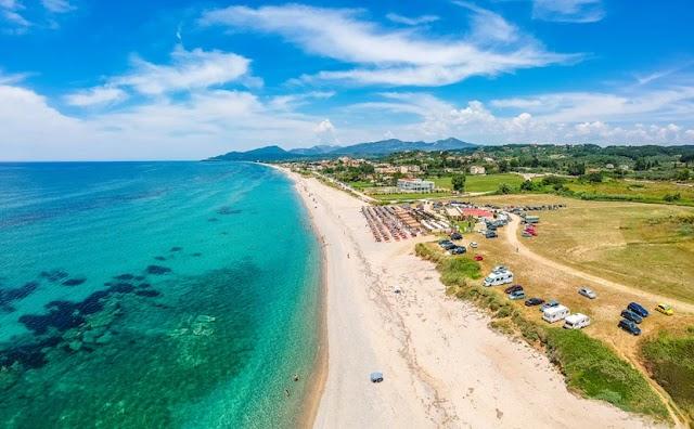 Μονολίθι, η μεγαλύτερη παραλία της Ευρώπης