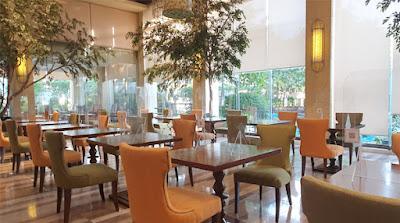 Cafe Ilang-Ilang in The Manila Hotel