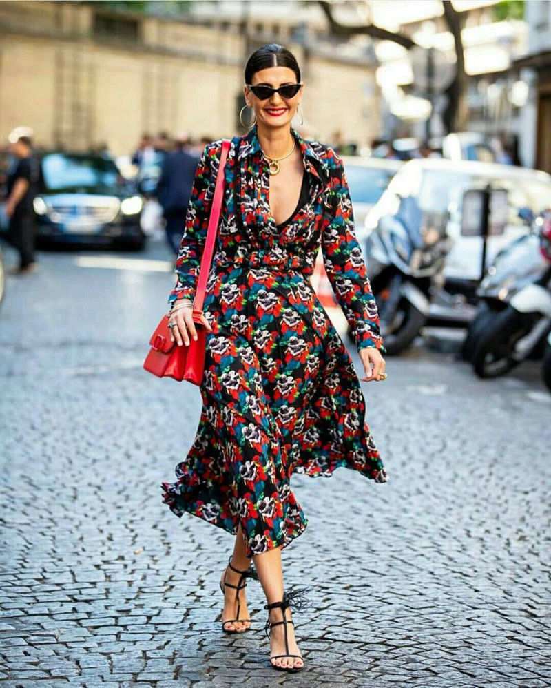 Looks da fashionista Giovanna Battaglia que são lições de estilo