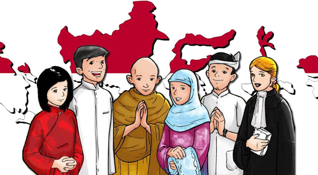 Agama-Agama Di Indonesia Di Indonesia ada 6 agama yang diakui yaitu Hindu, Budha, Kristen Protestan, Katholik, Konghucu, dan Islam. Awalnya hanya lima agama saja yang diakui, namun sejak era Presiden Abdurrahman Wahid (Gusdur), Indonesia mulai mengakui adanya Agama Konghucu bersamaan dengan diakuinya rakyat etnis tionghoa sebagai warga Negara Indonesia.  Budha Nama Kitab Suci : Tri Pitaka Pembawa : Sidharta Gautama Tempat Peribadatan : Vihara Hari Besar Keagamaan : Waisak dan Katina Organisasi Keagamaan : Perwalian Umat Budha Indonesia (WALUBI) Mulai Dikenal : Sekitar 1.500 tahun yang lalu  Hindu Nama Kitab Suci : Weda Pembawa : - Tempat Peribadatan : Pura Hari Besar Keagamaan : Nyepi, Saraswati, Pagerwesi, Galungan, dan Kuningan Organisasi Keagamaan : Parisada Hindu Dharma Indonesia (PHDI) Mulai Dikenal : Sekitar 1.500 Sebelum Masehi  Kristen Protestan Nama Kitab Suci : Alkitab Pembawa : Yesus Kristus/Isa Tempat Peribadatan : Gereja Hari Besar Keagamaan : Natal, Paskah, dan Kenaikan Isa Almasih Organisasi Keagamaan : Persekutuan Gereja Indonesia (PGI) Mulai Dikenal : Sekitar 2000 tahun yang lalu  Khatolik Nama Kitab Suci : Alkitab Pembawa : Yesus Kristus/Isa Tempat Peribadatan : Gereja Hari Besar Keagamaan : Natal, Paskah, Jumat Agung, dan Kenaikan Isa Almasih Organisasi Keagamaan : Konferensi Wali Gereja Indonesia (KWI) Mulai Dikenal : Sekitar 2.000 tahun yang lalu  Islam Nama Kitab Suci : Al Qur'an Pembawa : Nabi Muhammad SAW Tempat Peribadatan : Masjid Hari Besar Keagamaan : Idul Fitri, Idul Adha, Tahun Baru Hijriyah, Maulid Nabi, Isra' Mi'raj, Nuzurul Qur'an, Muharram, As Syura Organisasi Keagamaan : Majelis Ulama Indonesia (MUI) Mulai Dikenal : 1.400 tahun yang lalu  Konghucu Nama Kitab Suci : Su Si, Ngo King Pembawa : Konghucu Tempat Peribadatan : Kelenteng Hari Besar Keagamaan : Imlek dan Cap Go Meh Organisasi Keagamaan : Majelis Tinggi Agama Konghucu Indonesia (MATAKIN) Mulai Dikenal : Sekitar 2.000 tahun yang lalu   Nah itu dia bahasan dari Agama-Agama yan