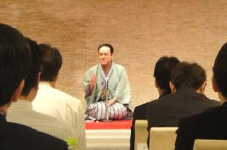 講演会講師・三遊亭楽春の健康&コミュニケーション講演会の風景。