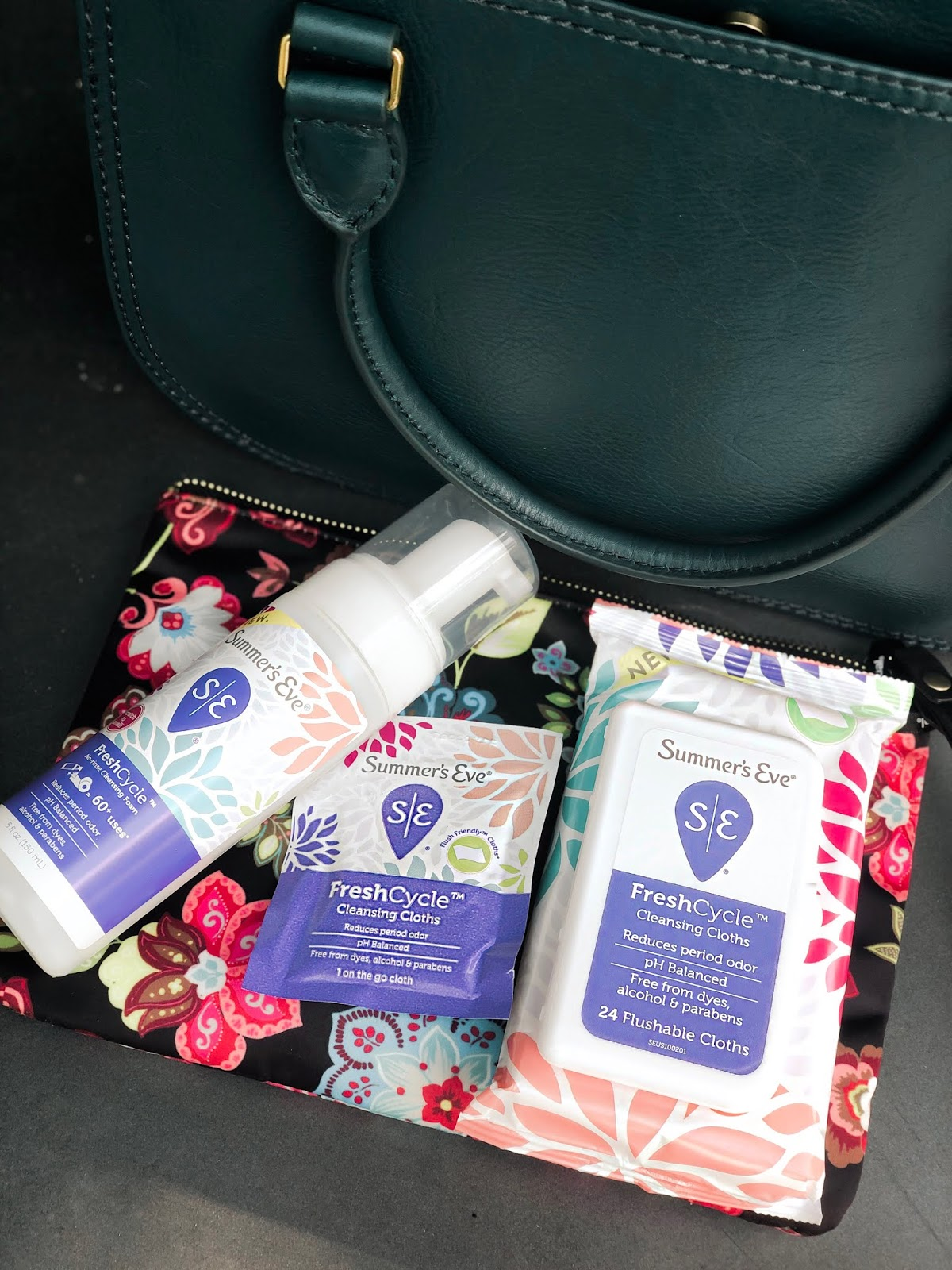 summer's eve, femmine products, femmine care, what's in my bag, women period, menstral cycle, fresh cycle