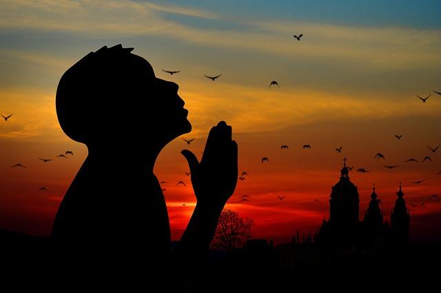 Derajat seorang hamba disisi Allah yang Maha Kuasa