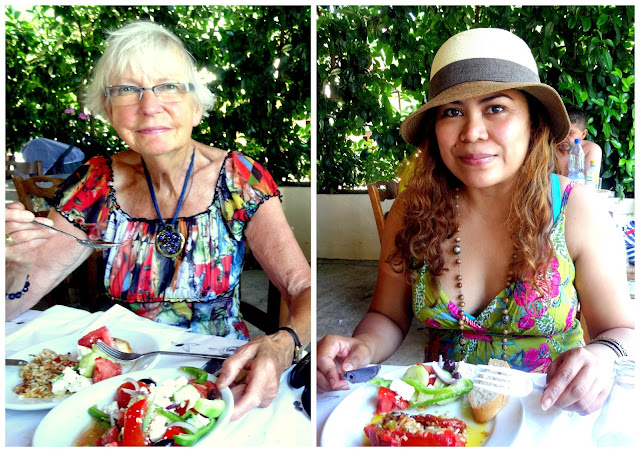 Lunching at Akrogiali
