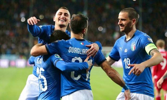 تشكيل ايطاليا ضد اليونان عبر سوفت سلاش