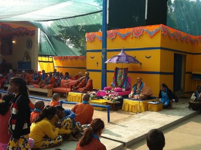 Swami Niranjanananda and Swami Satsangi