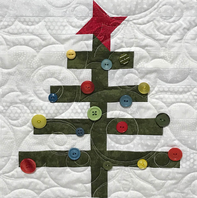 A Scrappy Happy Holidays Oh 'Lil Christmas Tree Block Designed By Thistle Thicket Studios. www.thistlethicketstudio.com