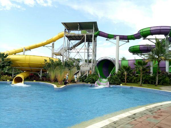 Menghabiskan Waktu Bersama Keluarga di Go!Wet Waterpark Grand Wisata, Bekasi