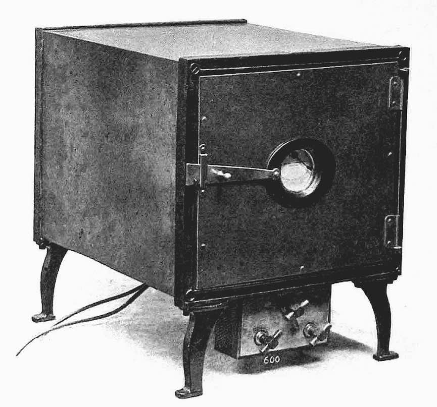 an 1899 electric kitchen oven photograph