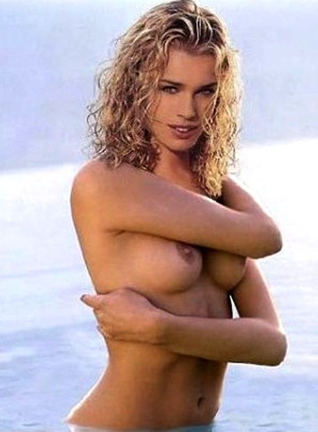 rebecca romijn pussy up close