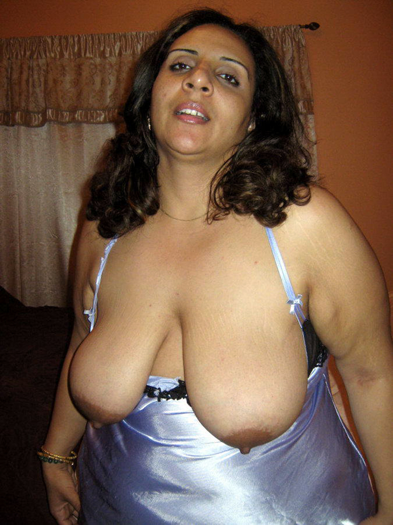 Indian Mature Sexy Women