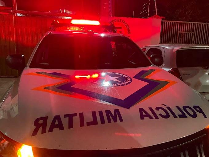 Bandidos invadem residência e trancam vítimas após roubo
