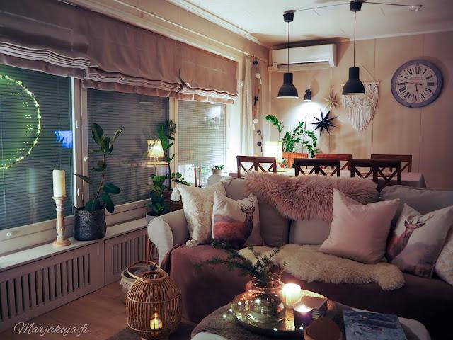 sisustus, olohuoneen sisustus koti talvinen koti ruokailutila ikea kynttilä kierrätyskoti kirppistelijä kirppislöytö