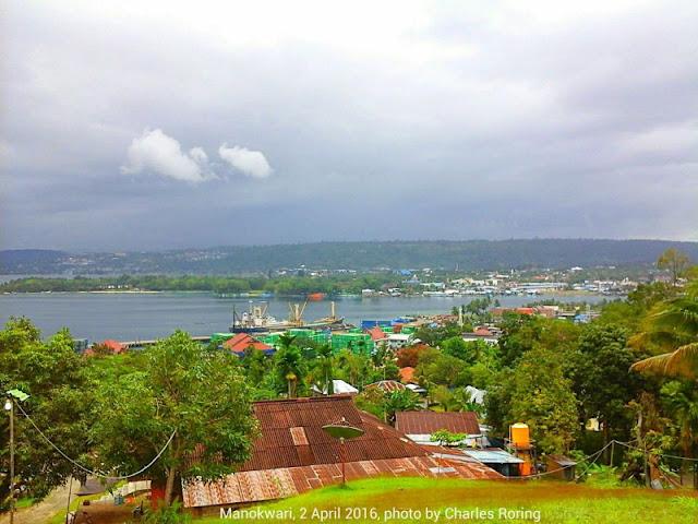 kota Manokwari di Papua Barat, Indonesia