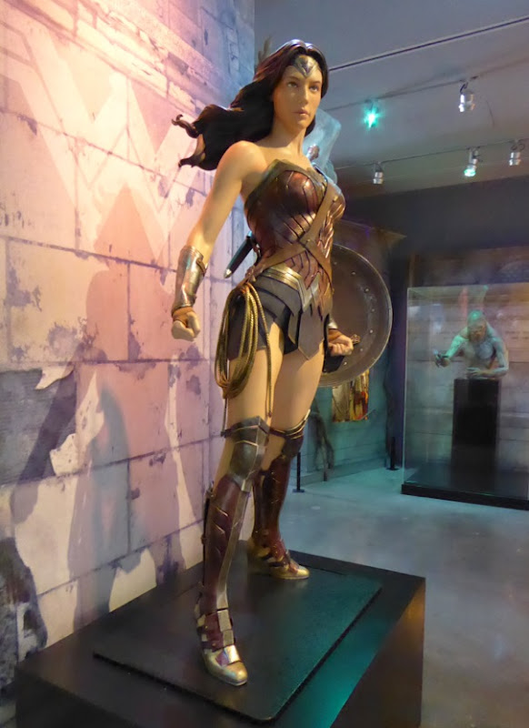 Wonder Woman costume Batman v Superman