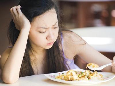 Permalink to Ciri Orang Hamil Adalah Mual, Ini 12 Cara Mengatasi-nya : Muntah dan Pusing Saat Setelah Makan Berlebihan