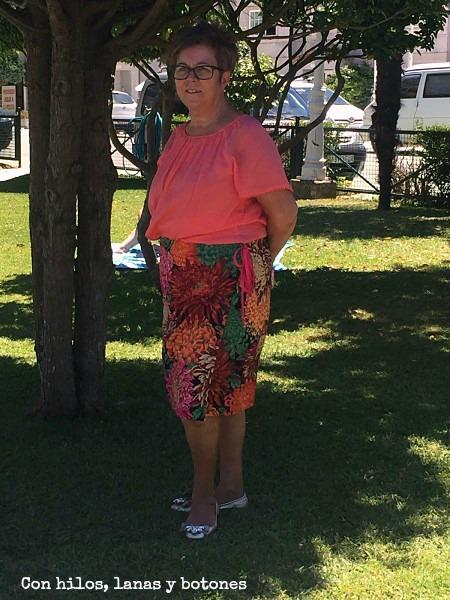 Con hilos, lanas y botones: Falda UDA para mamá - CC Non dago titarea?