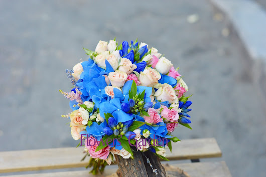 Gogeous Blue Wedding Bouquet