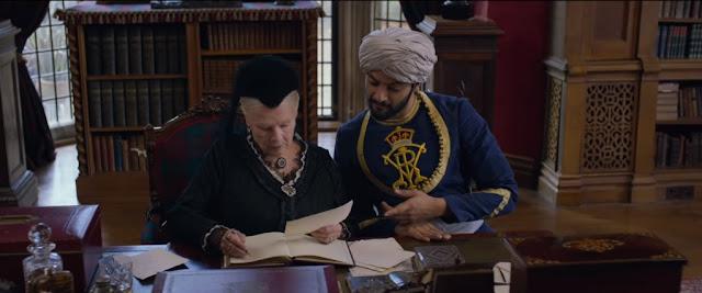 Abdul mengajari ratu Victoria menulis bahasa Urdu