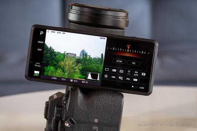التدريب العملي على Sony Xperia Pro - مفهوم احترافي حقيقي أم مفهوم فاتر؟