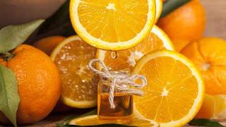 فوائد زيت البرتقال للشعر وطريقة تحضيره في المنزل ووصفات زيت البرتقال للشعر