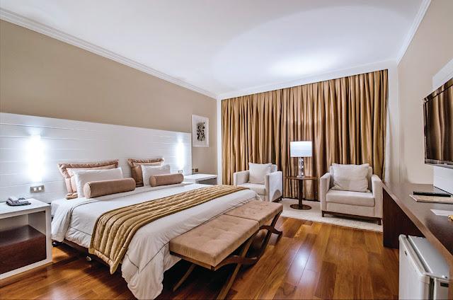 Decoração de quarto com o tema Hotel Cassino
