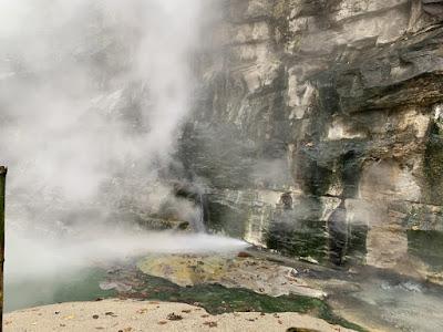 大噴湯からの放出