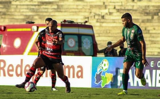 Campinense sai na frente do Sousa pela final do Campeonato Paraibano
