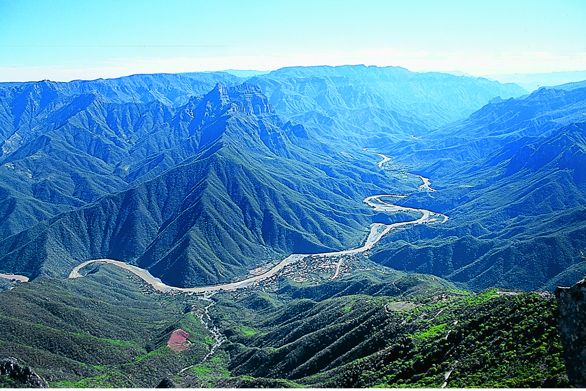 Copper Canyon places and hotels photos