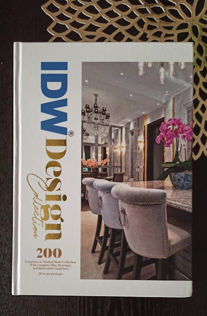 IDW DESIGN COLLECTION - The Book