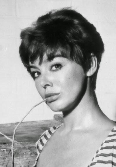 Janet Munro by the pool, 1959 : OldSchoolCool