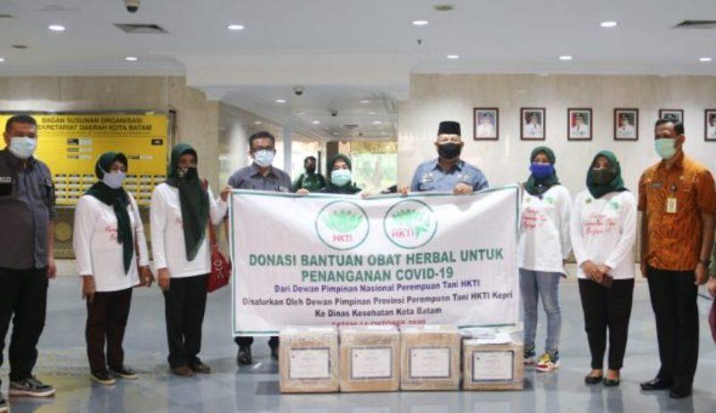 Pemko Batam Terima Obat Herbal dari Perempuan Tani HKTI