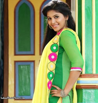 actress anjali green salwar stills