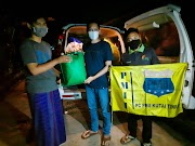 PMII KUTIM Gandeng Relawan KBB Sumbangkan Bantuan Sosial Untuk Korban Bencana KALSEL