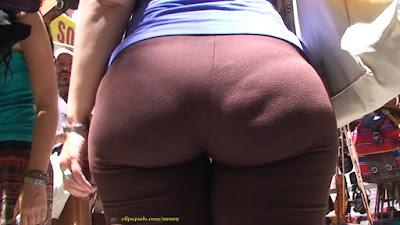 Mujeres nalgonas ropa pegada