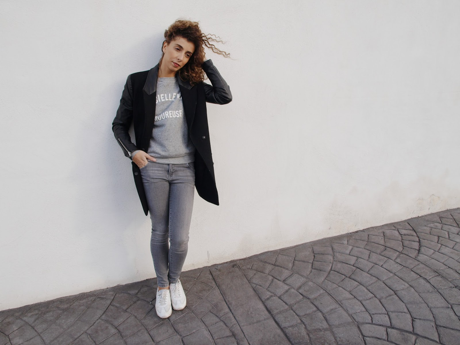 jean-skinny-coat-zara-cachecache-campingdesdeuxjumeaux-nike-white-minimal