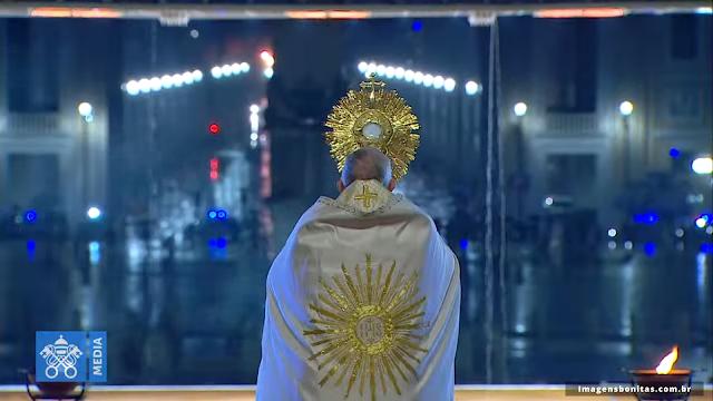 Oração com o Papa Francisco na Praça São Pedro