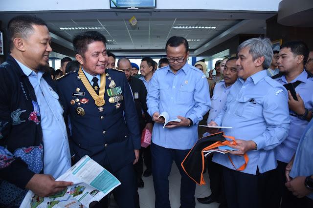 Menteri KKP dan Gubernur HD Kembangkan Riset Ikan Lokal